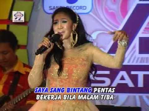 Erie Susan - Bintang  Pentas ( Official Music Video )
