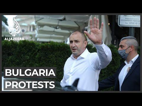 Bulgaria's president urges PM to resign as protests grow