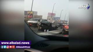 شلل مروري أعلى كوبري أكتوبر إثر تصادم 4 سيارات.. فيديو