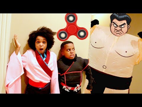 Thumbnail: FIDGET SPINNER KARATE ADVENTURE!!! - Shiloh and Shasha - Onyx Kids