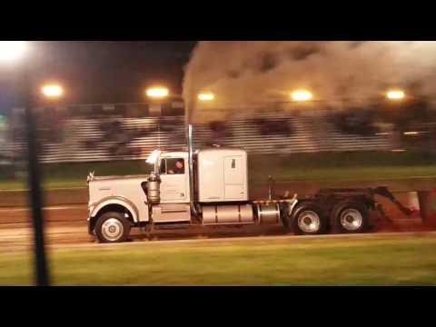 Lebanon County Fair Semi truck Pull Off