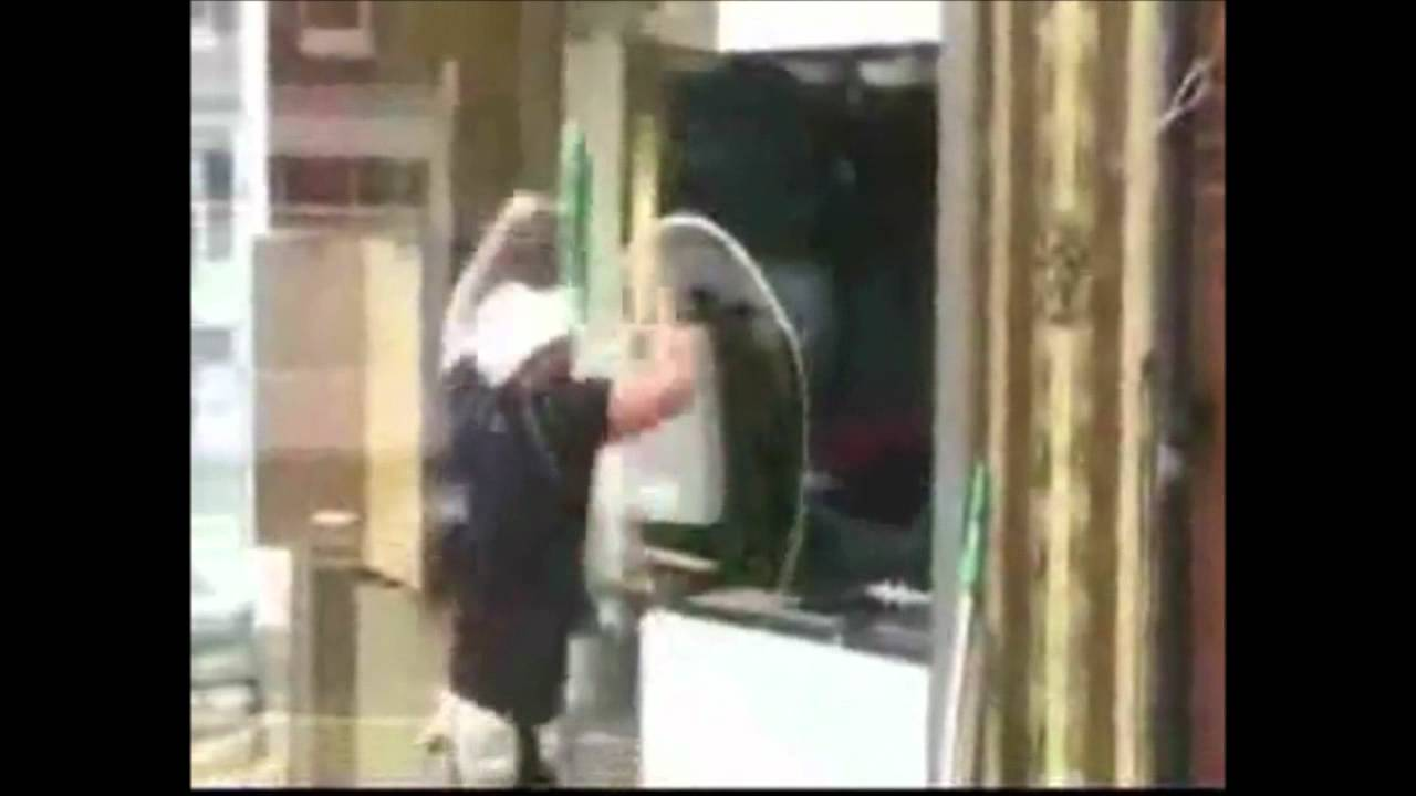 Window cleaning skill compilation funny youtube for Window cleaner