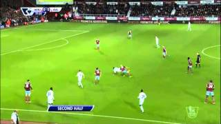 Video Gol Pertandingan West Ham United vs Aston Villa