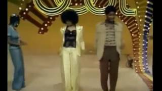 Bruno Mars - Treasure feat. Soul Train