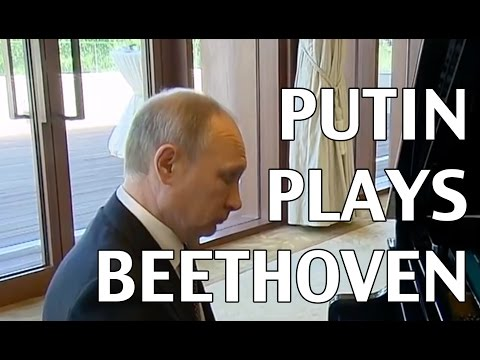 PUTIN PLAYS BEETHOVEN?!