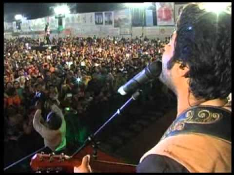 Arijit Singh LIVE At Morphosis Navratri Utsav 2013 - 2