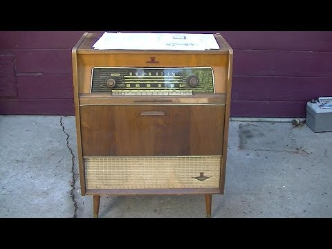 Nordmende Caruso Console Radio Phonograph Repart Pt1