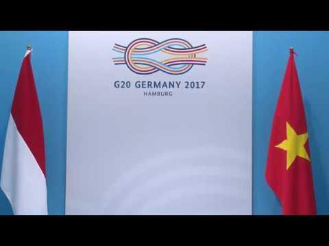 Pertemuan Bilateral dengan Perdana Menteri Republik Sosialis Vietnam