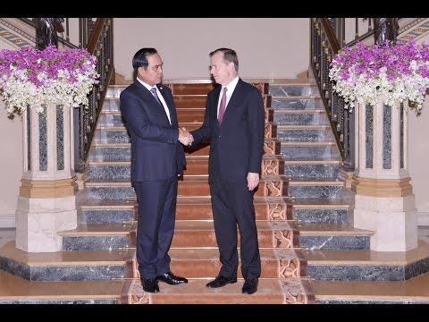 Gen. Prayuth Meets US Ambassador Davies
