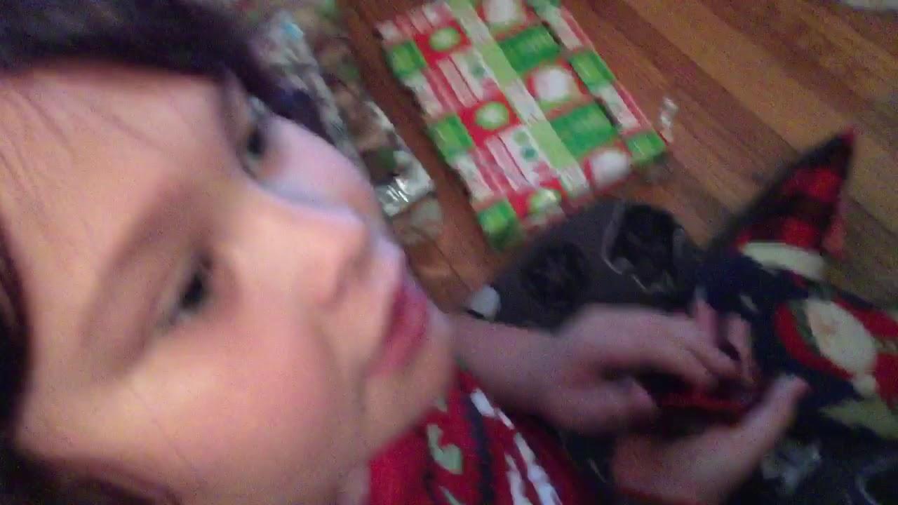 Kid gets coal for Christmas prank! 🎅 - YouTube