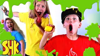 SLIME BATTLE! Who can sell the most slime? | SuperHeroKids