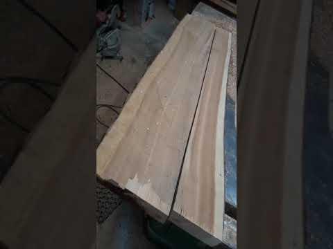 Flattening wide twisted lumber
