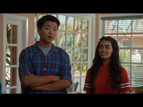 Eddie Makes A Deal To Help Evan - Fresh Off The Boat