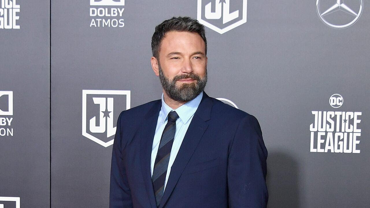 Ben Affleck Is Not 'Seriously Involved with Anyone,' Says Source as ...