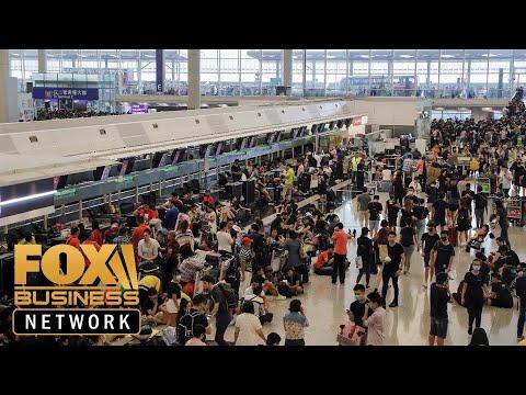Hong Kong protests force airport shut down