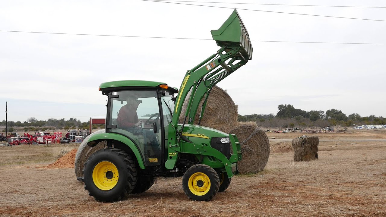 Hydrostatic Transmission Tractor : Demo video of used john deere cab tractor with