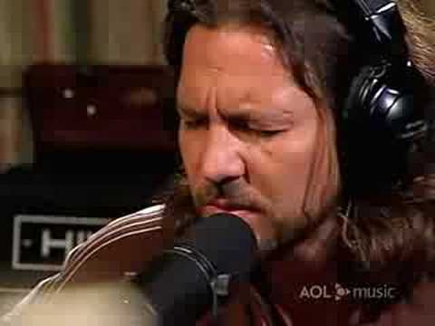 pearl-jam-aol-sessions-gone-muscar-titos