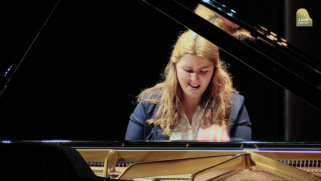 Lisztszagtól a szájtól, Krúdy Gyula: Álmoskönyv - Tenyérjóslások könyve