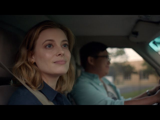 I Used To Go Here Official Trailer Starring Gillian Jacobs, Jemaine Clement, Hannah Marks