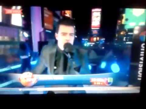 Presentaci n jencarlosmusic en timessquare2014 youtube for 13th floor with diana live dvd