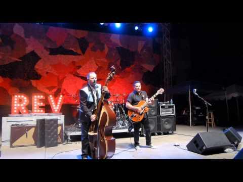 Reverend Horton Heat - Johnny B Goode