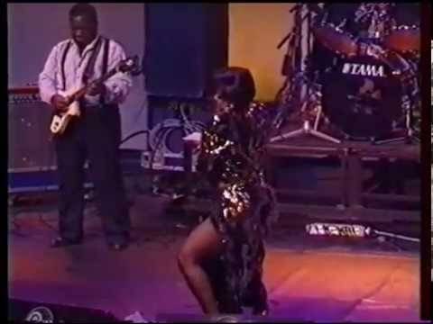 TSHALA MUANA CONCERT - TSHIBOLA (1992)