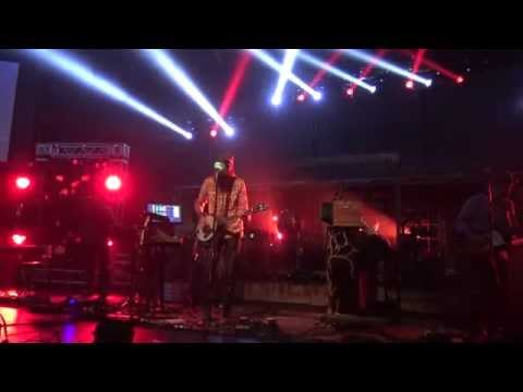 Crowder Live: Lift Your Head, Weary Sinner (Chains) - Air 1 Positive Hits Tour 2015 In 4K