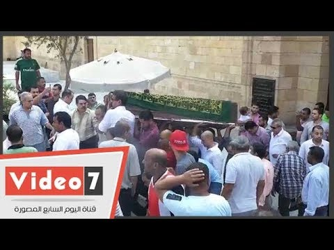 نقيب الممثلين والعلايلى يشيعان جثمان جميل راتب  - نشر قبل 17 ساعة