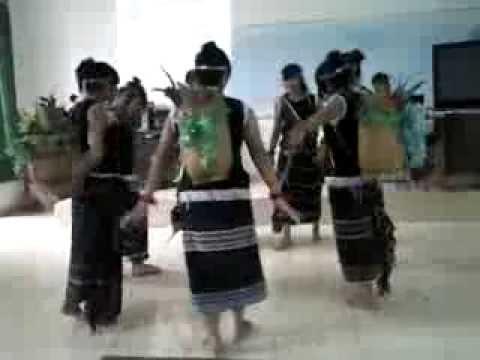 múa cô giáo em là hoa eban lớp 11A1
