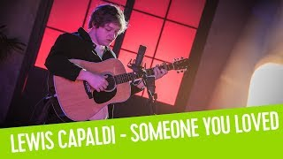 Lewis Capaldi - Someone You Loved | Live bij Q Video