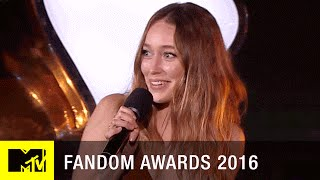 Alycia Debnam-Carey Wins Fan Freakout of the Year | Fandom Awards 2016 | MTV