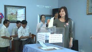 Việt kiều Campuchia quyên góp giúp đỡ đồng bào trong nước bị lũ lụt