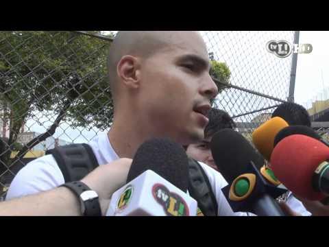 Julio Cesar elogia novo goleiro contratado pelo Corinthians