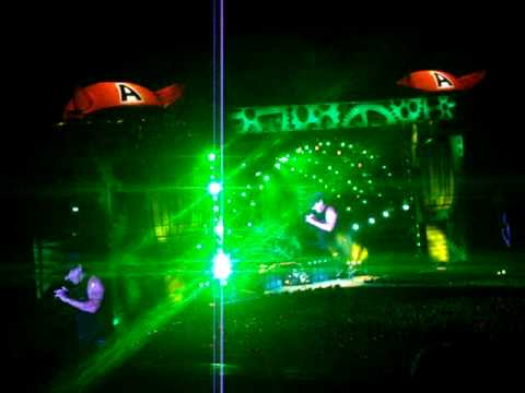 ACDC Brisbane Concert 2010 - Dirty Deeds