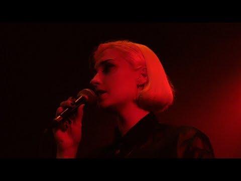 Molly Nilsson - Let's talk about privileges - Live Paris 2018