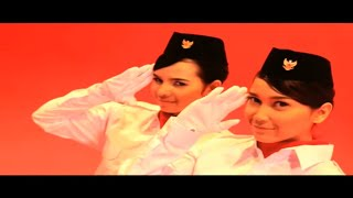 Download Pee Wee Gaskins - Dari Mata Sang Garuda [Official Music Video]