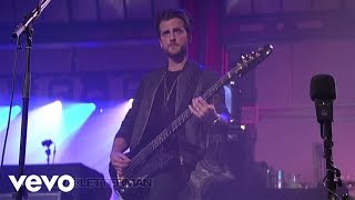 Music video by Kings Of Leon performing Crawl (Live on Letterman). ...
