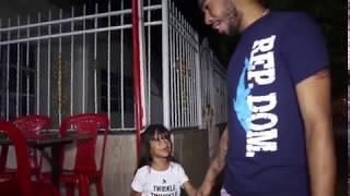 Papi tengo hambre // Melanie Diaz y Sus Ocurrencias thumbnail