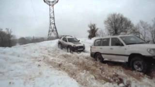 Toyota Land Cruiser- VS -  Isuzu Vehicross  OFF road