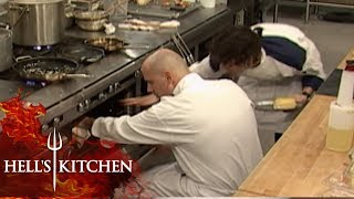 Amateur Chef Doesn't Realise The Oven is Turned Off | Hell's Kitchen