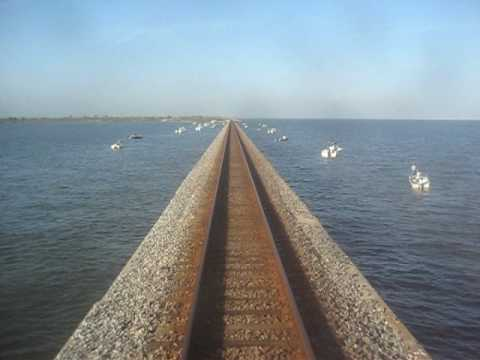 Amtrak 20 crescent crossing lake pontchartrain part 1 for Fishing lake pontchartrain