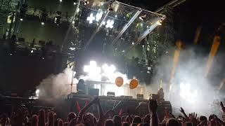 Martin Garrix feat. Bonn - High On Life (live at Electric Nation Vienna)