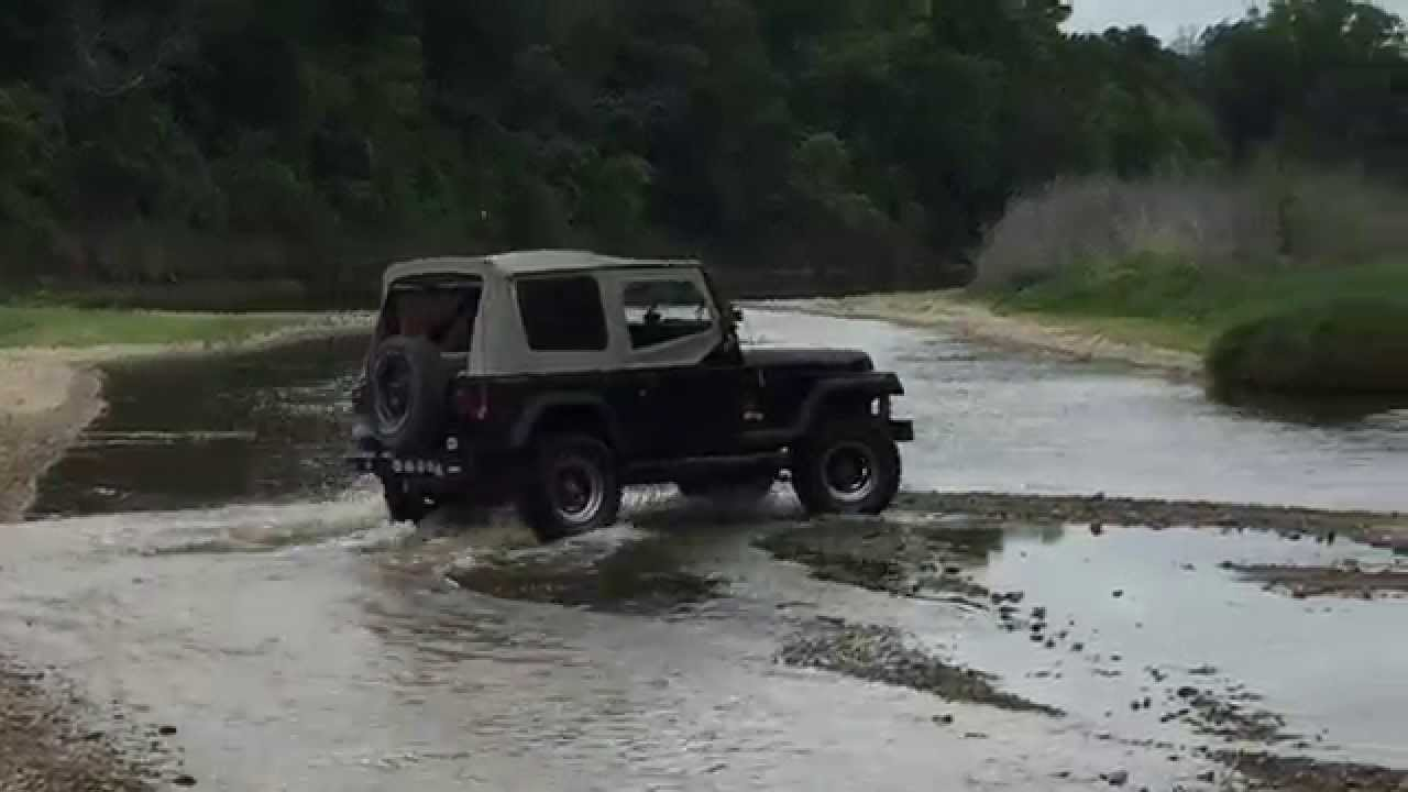 1990 Jeep YJ Wrangler Offroad at Childress Creek Texas  25 4
