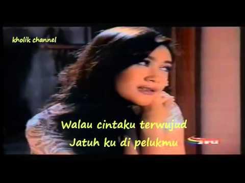 Nafa Urbach - Lebih Baik Putus (Lirik Video)