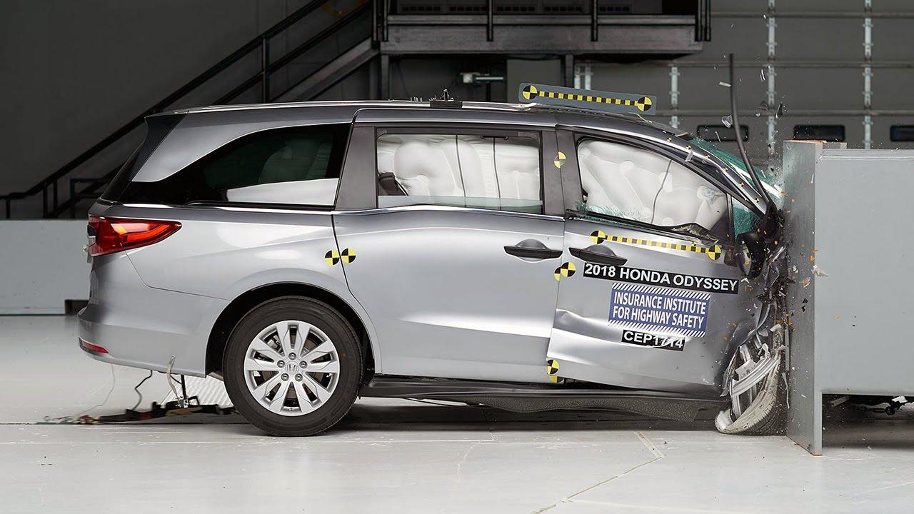 2018 Honda Odyssey Penger Side Small Overlap Iihs Crash Test