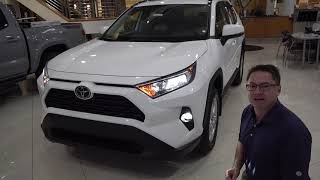 2020 rav4 xle with led fog lights and many other accessories