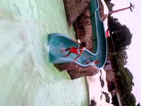 Video Lucu di Kolam Renang Snowbay
