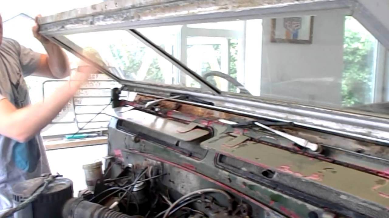 How To Move A Land Rover Series 3 Windscreen Forward Youtube