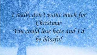 Patti Austin sings a Christmas song