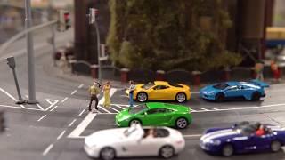 Kreischende Motoren zerstören Großstadtidylle!